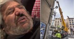 Мужчину весом 300 кг вытащили из дома краном